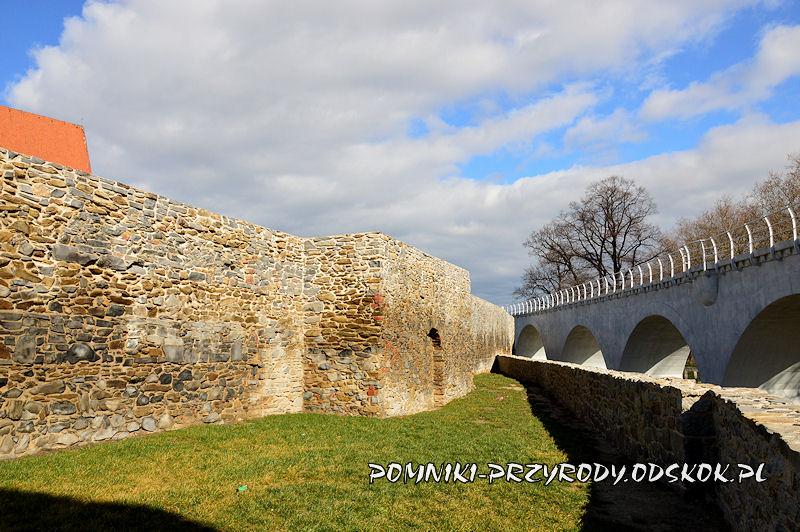 mury miejskie Strzegomia