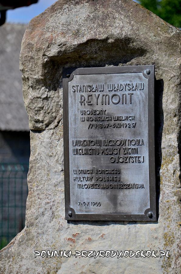 kobiele-wielki-tablica-na-pomniku-reymonta