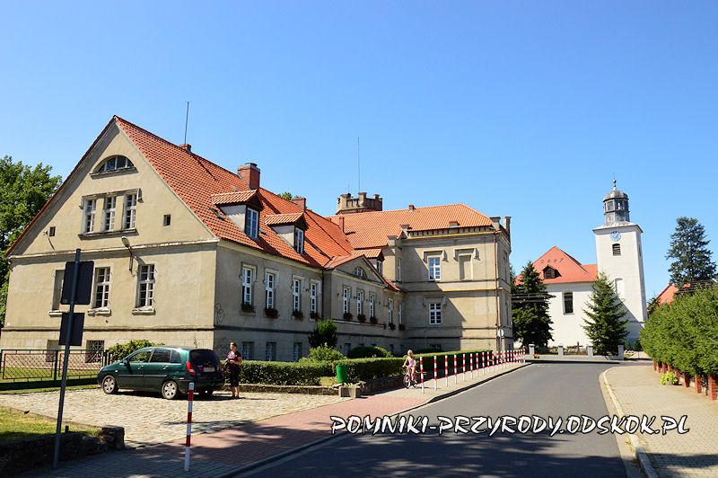 pałac i kościół w Kolsku