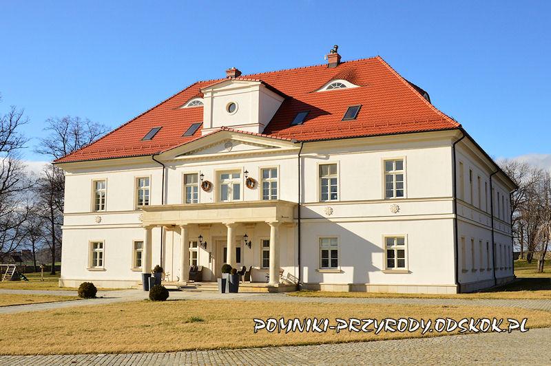 Żelazów k. Strzegomia - pałac