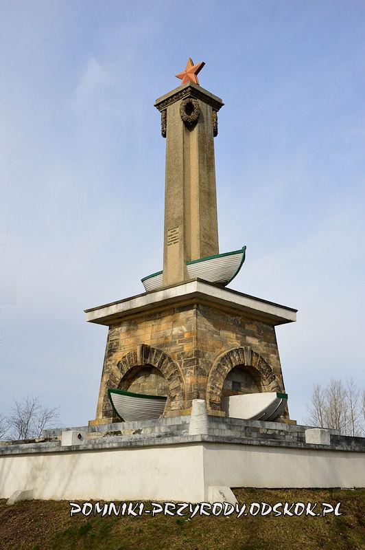 Mikolin - Pomnik Żołnierzy Radzieckich