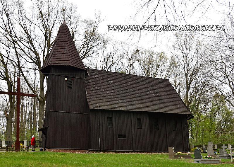Jakubowice - drewniany kościół z XVI w.