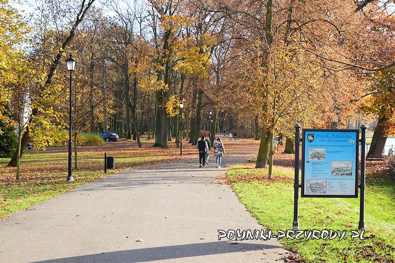 Park Miejski w Sycowie - tablica dydaktyczna