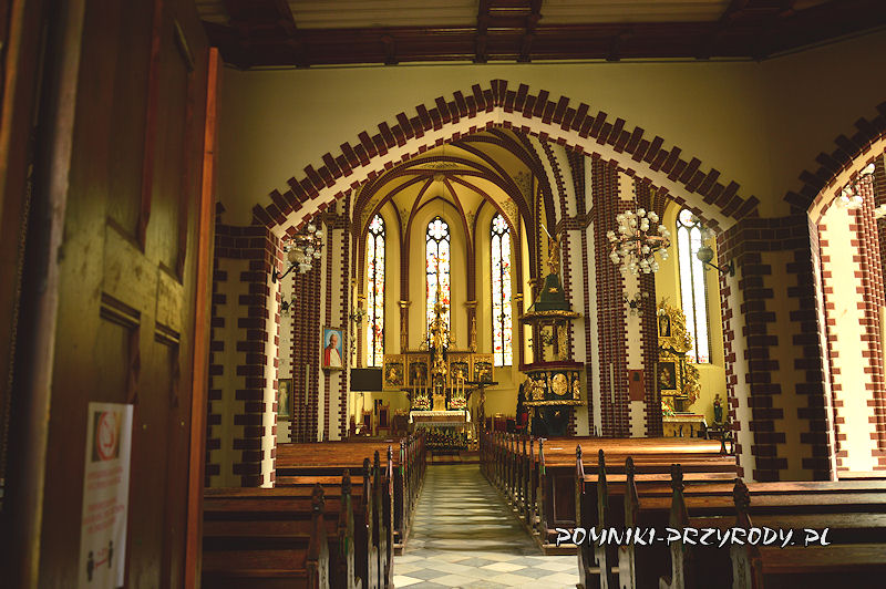 wnętrze kościoła parafialnego w Sycowie