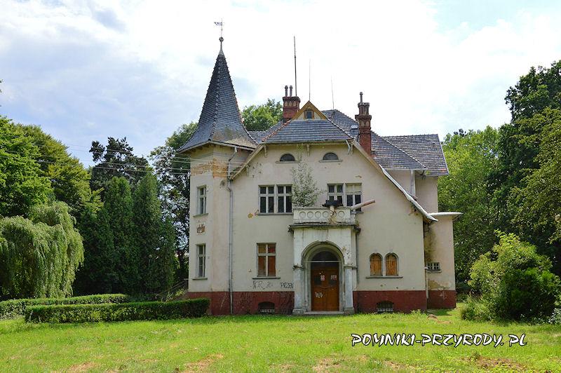 pałac w Przerzeczynie-Zdroju